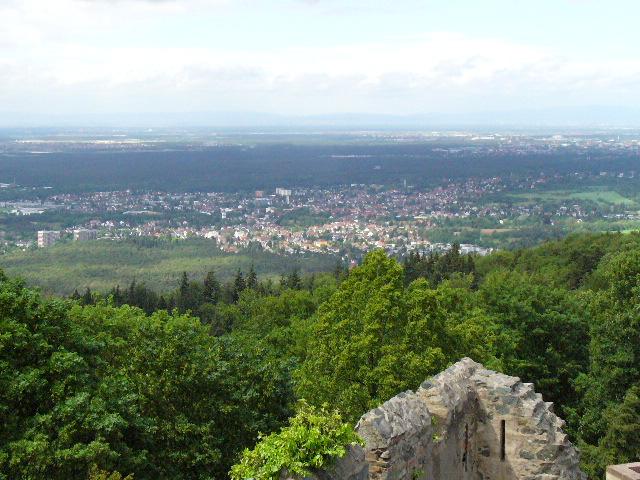 Blick auf Darmstadt von der Burg Frankenstein